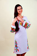Вышитое платье женское  длинный рукав на белой ткани