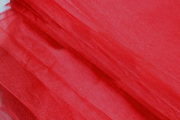 Фатин, цвет  красный