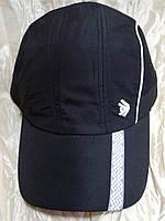 Мужская черная  бейсболка из плащевки с элементами сетки