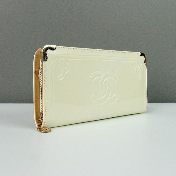2c084f218db2 Лаковый белый клатч-кошелек женский на цепочке 840: продажа, цена в ...