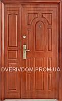 Наружные полуторные входные двери ААА 724 автолак на улицу