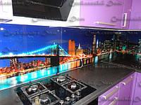Стеклянный кухонный фартук с фотопечатью. Печать на стекле. Цветная печать. Прочное стекло