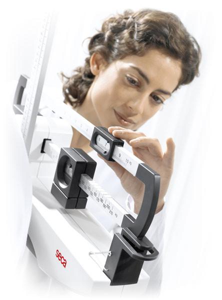 Механические колонные весы SECA 711, 220кг, с балансиром на уровне глаз, СЕ, класс III