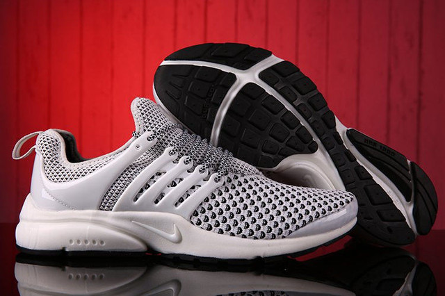 Кроссовки беговые Nike Nike Air Presto Flyknit Weaving White Black