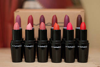 Матовая Помада MAC LOOK lustre lipstick