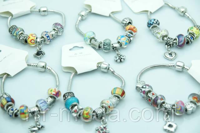 Популярные браслеты Pandora с подвесками снова в продаже! Женские браслеты Пандора оптом недорого на Украине.