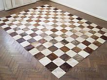 Ковры из шкур шахматы коричнево белые