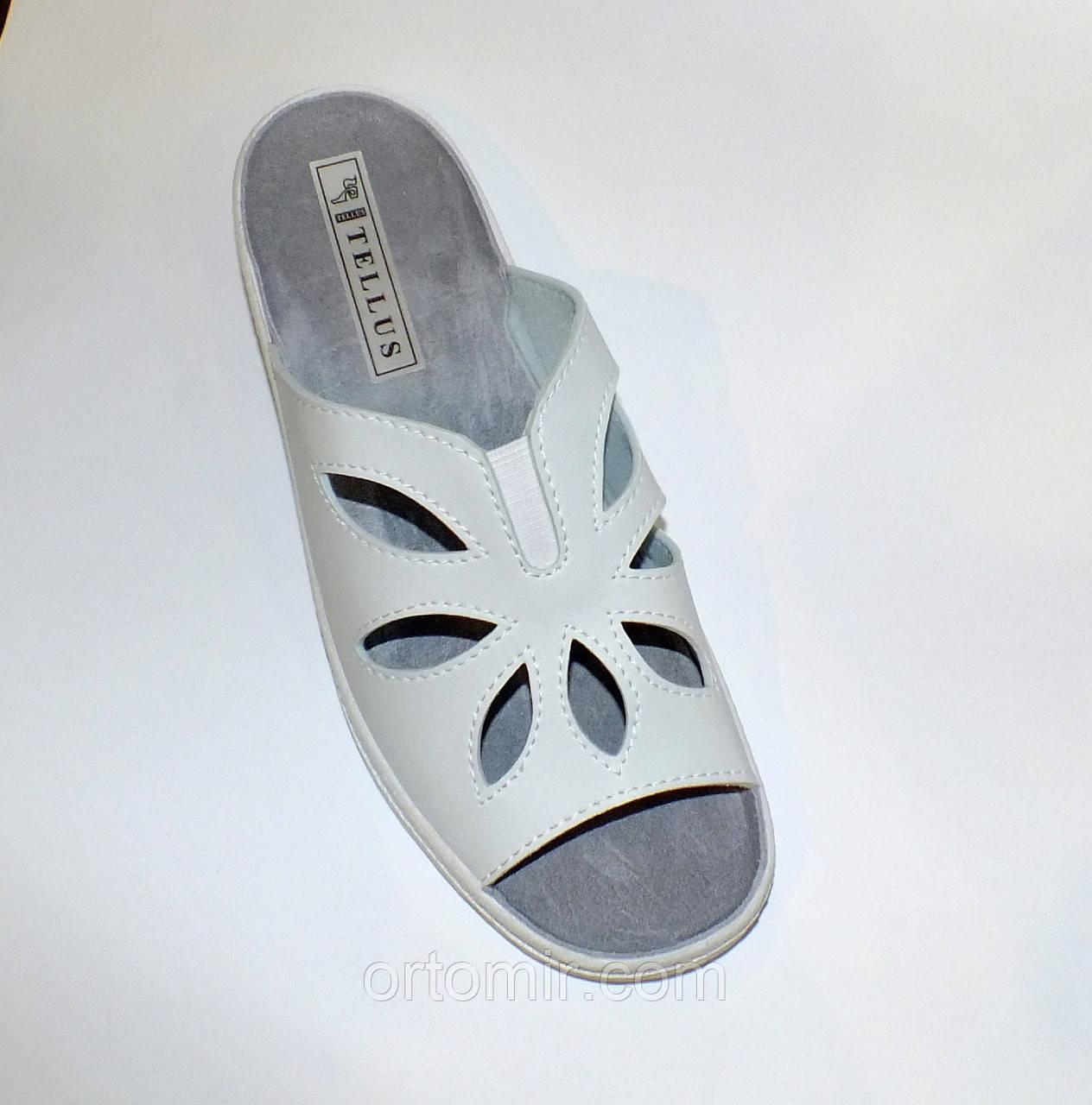 Тапочки медичні білі з відкритим носком літні