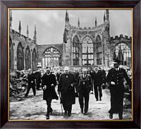 Картина Уинстон Черчилль перед посещением собора Ковентри, Спенс, Василия