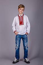 Мальчиковая сорочка с воротничком и красным орнаментом, фото 2