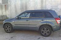 Дефлекторы окон Suzuki Grand Vitara (Escudo) 2005- (Сузуки Гранд Витара) SIM