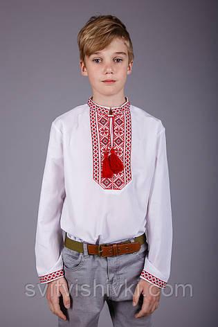 Вишита сорочка на хлопчика з червоним орнаментом на білому батісті, фото 2