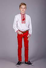 Вишита сорочка хрестиком на білому батісті з оригінальним візерунком, фото 3