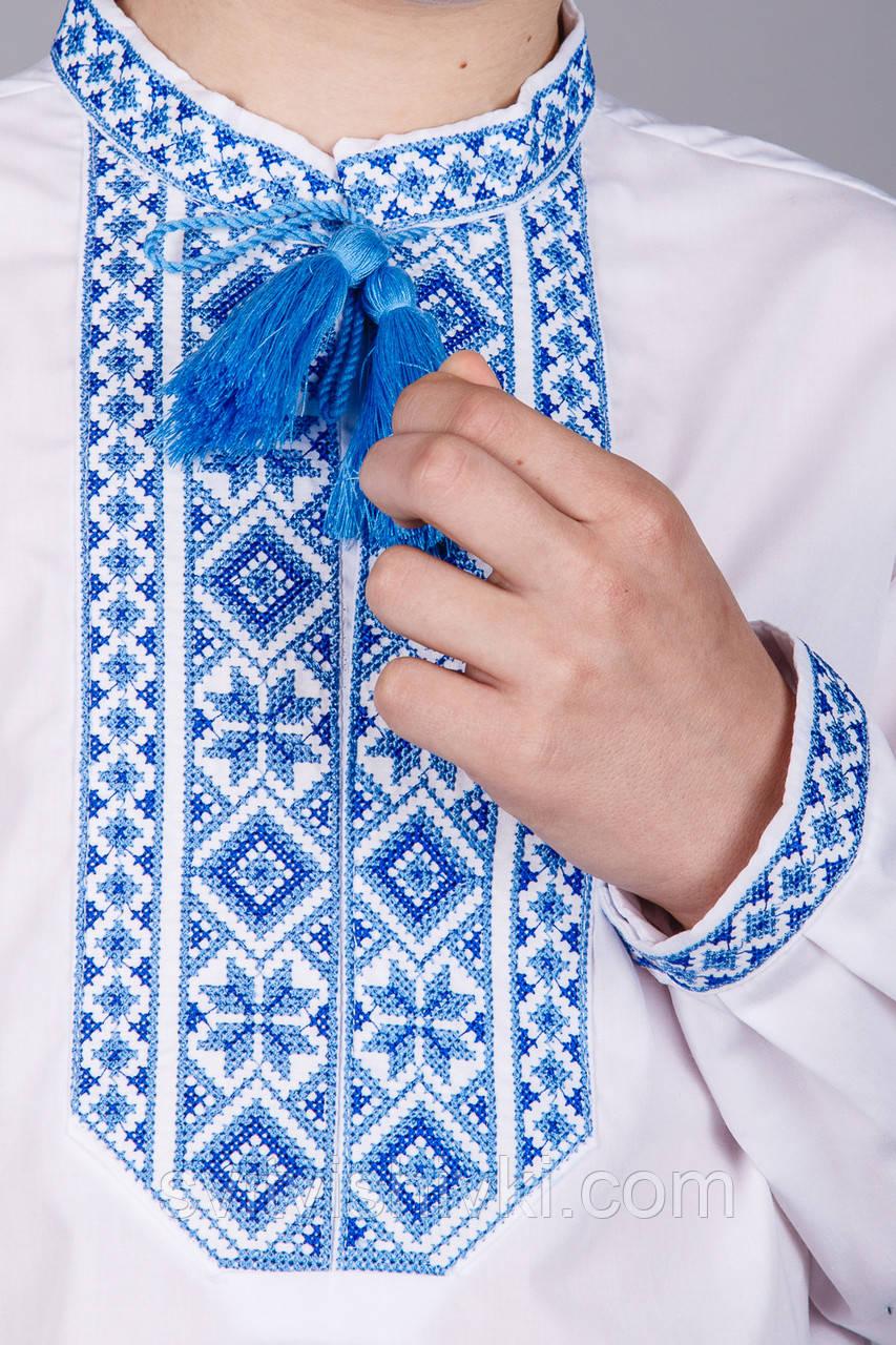 Вишита сорочка на хлопчика з синім візерунком