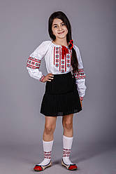 Дитяча вишита блуза хрестиком червоними нитками