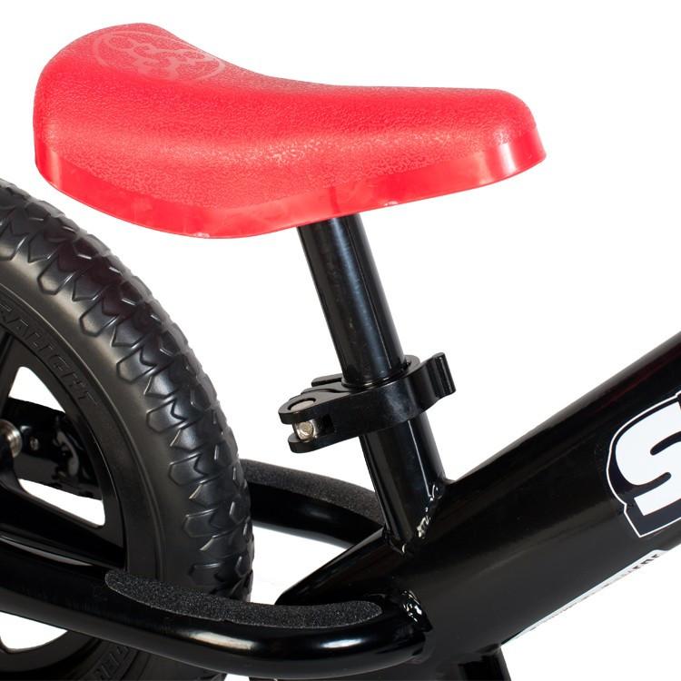 Мини сиденье Strider красное