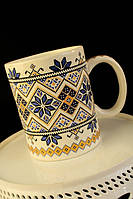 Чашка Вышиванка бело-синяя
