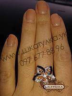 Серебряное кольцо с золотом и цирконом №90о