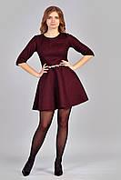 Стильное женское гипюровое платье-бордо