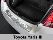 Накладка на бампер с загибом Toyota Yaris III (2014-...) FL