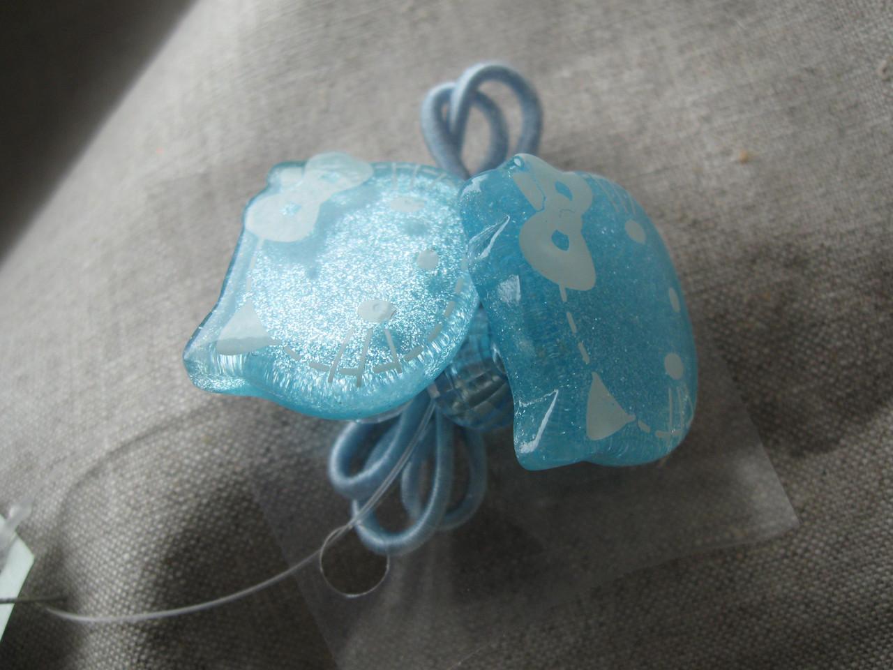 Резинка для волос бантики из пластика