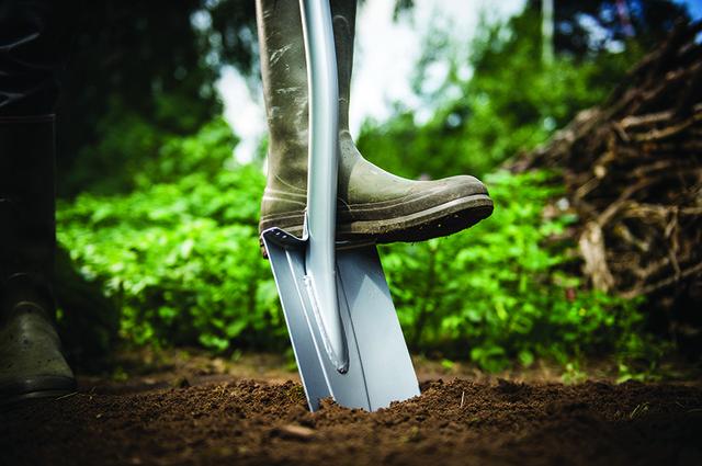 Лопата Fiskars штыковая