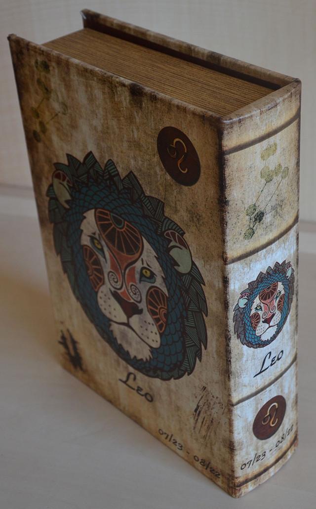 Шкатулка-книга из искусственной кожи (фото)