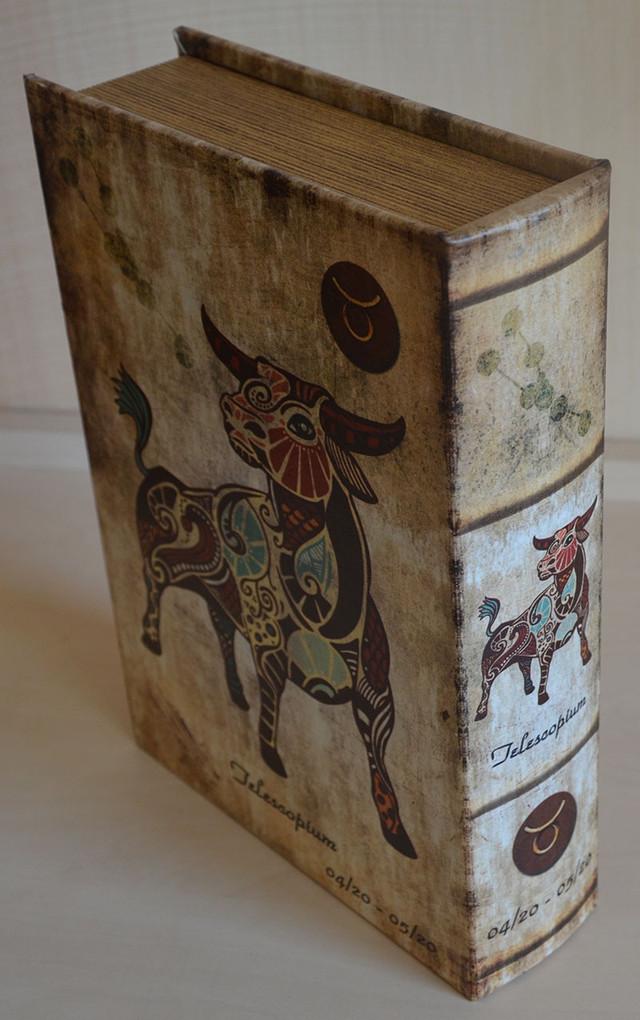 Книга-шкатулка знак зодиака