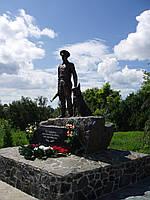 Памятник из бронзы на заказ
