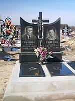 Памятник двойной вертикальный с крестом