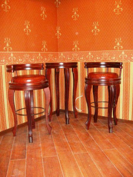 Стол и стул