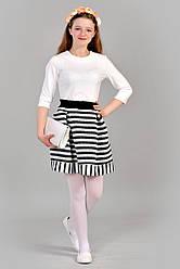 Очаровательное белое  подростковое платье