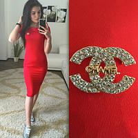 Платье женское Chanel с значком Шанель