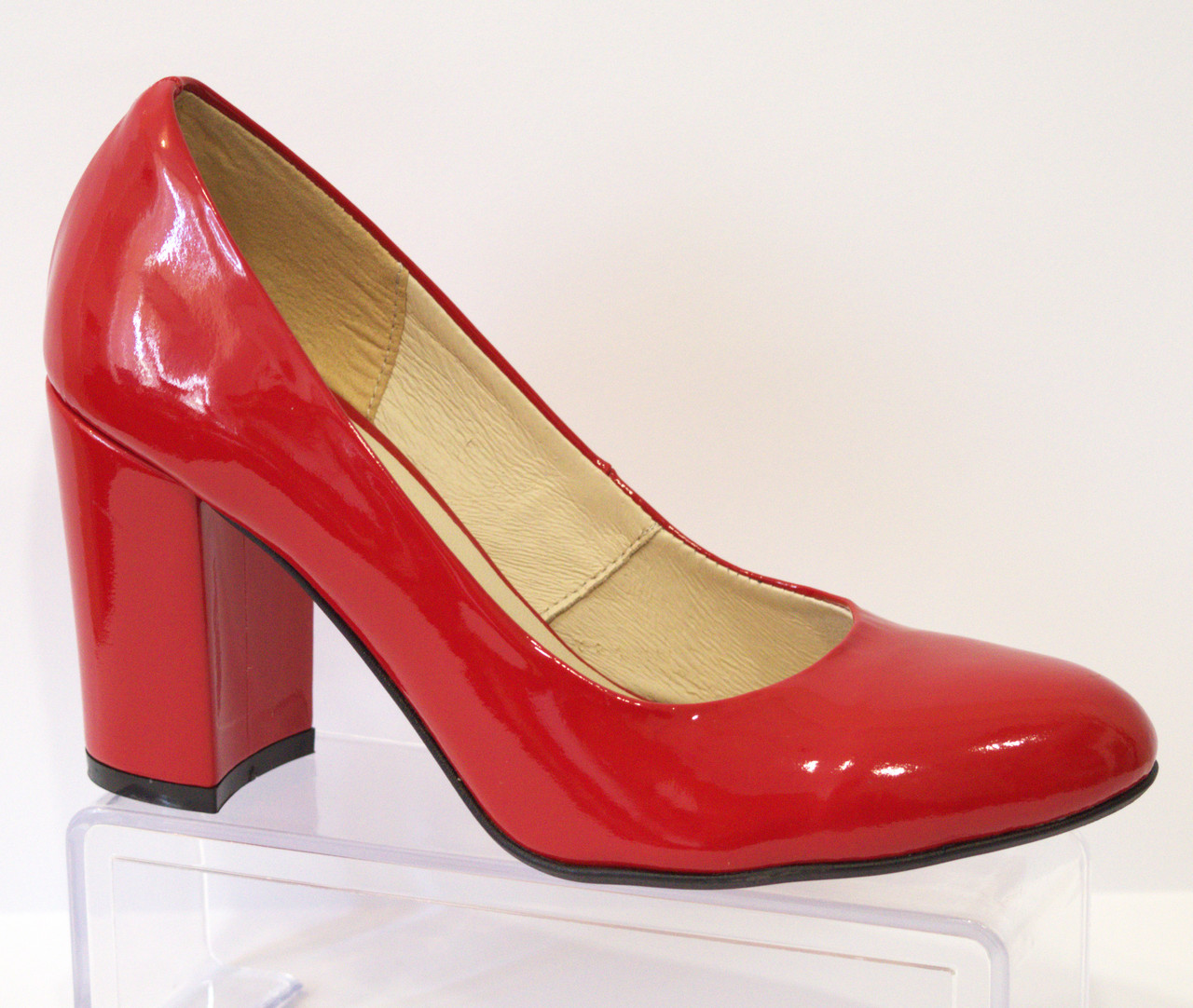 Туфли женские лаковые красные Nivelle 1527