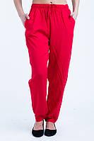 Стильные летние красные женские брюки.