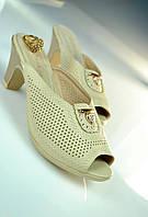 Женская обувь 39