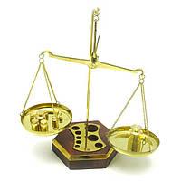 Весы - символ меры и справедливости
