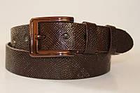 Ремень кожаный 40 мм змеиная кожа коричневого цвета пряжка хромированая коричневого цвета