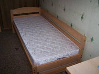 Кровать Дарина из дерева.