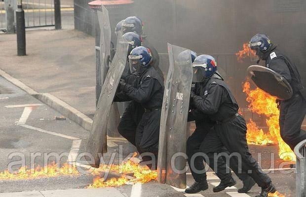 Комбинезоны британской полиции MIX. Сорт 1