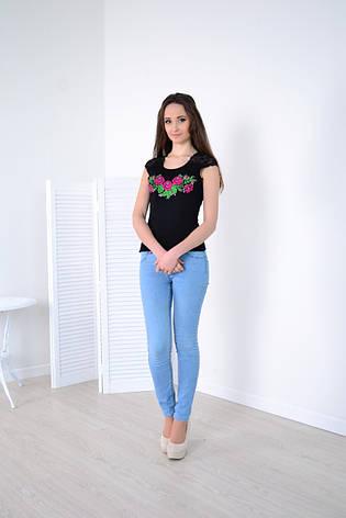 Женская майка вышиванка черная с цветами, фото 2