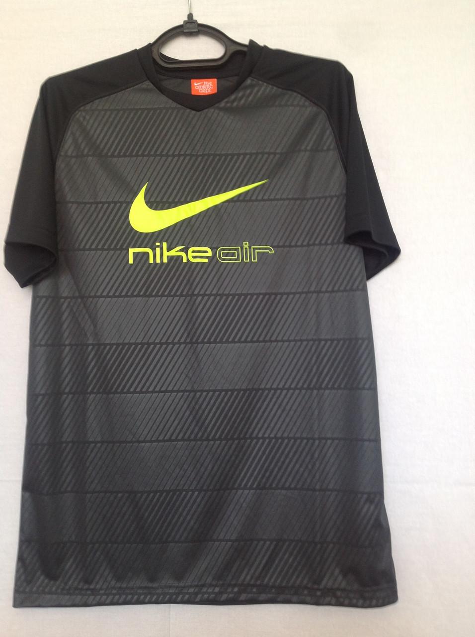 Мужская спортивная футболка Nike Air.