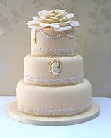 Торт на свадьбу, юбилей, день рождения заказать в Алуште!