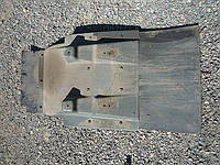 Переднее  крыло, брызговик DAF euro2  запчасти Б/У разборка DAF XF XF95 430 480 380 CF Renault