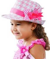Панамки, бейсболки и кепки для девочек
