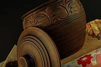 Глечик гончарный с крышкой, декорированный