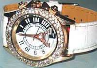 Часы наручные со стрелками женские