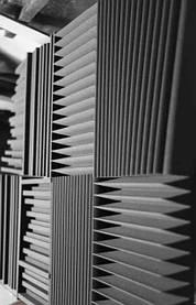 Акустичні панелі з акустичного поролону