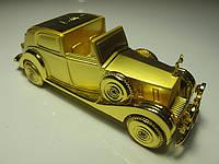 Настольная зажигалка в виде ретро автомобиля золотого цвета купить в Харькове