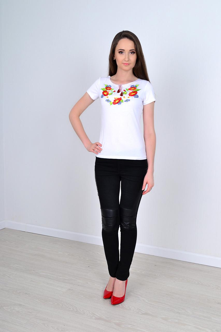 Стильная летняя футболка вышиванка